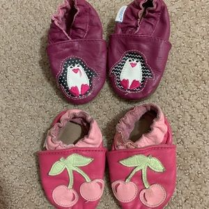 LOT of 2 Robeez Baby shoes